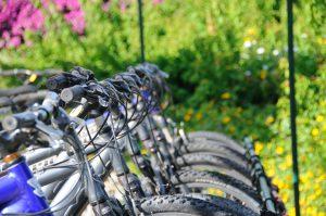 Fahrräder beim E-Bikeverleih in Kunrau